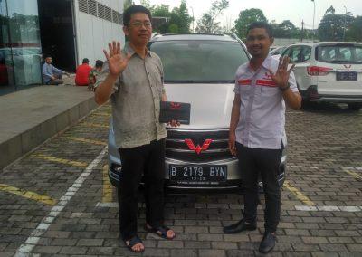 Foto Serah Terima Suwandi (Wuling Jakarta) (3)